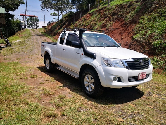 Toyota Hilux 2,5 Td Extra Cab