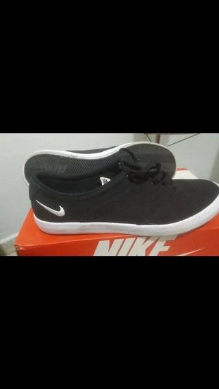 Tênis Nike Em Excelente Estado!!