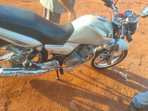 Imagem 1 de 2 de Suzuki Yes