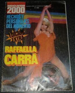 Reviposter Raffaella Carrá.