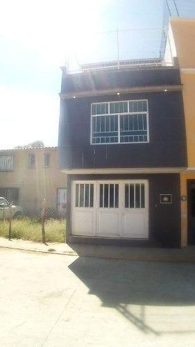 Casa En Venta En Fraccionamiento Vista Real, Oaxaca, Oax.