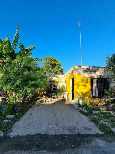 Imagen 1 de 3 de Terreno Con Construccion En La Colonia Maya Terreno En 18 #5