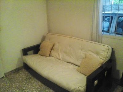 Oportunidad. Casa 3 Ambientes, 1 Baño, Cochera (amp.3 Pisos)