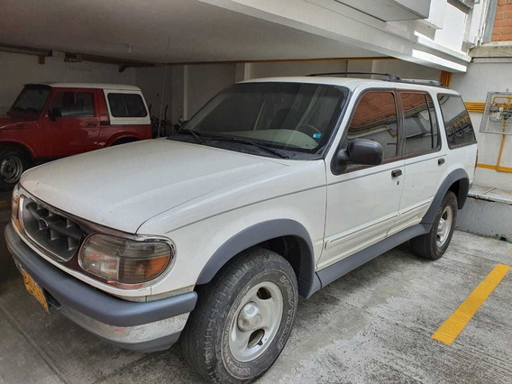Ford Explorer Xlt At 4000 4x4