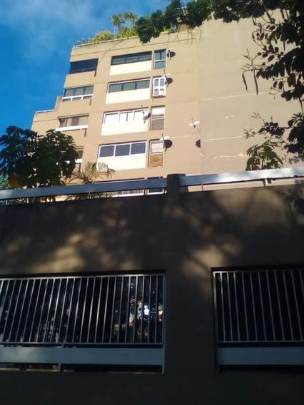 Apartamento En Alquiler, Colinas De Bello Monte