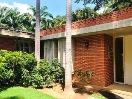 Casa En Venta En Cerro Verde - Mls #21-5686 Mj