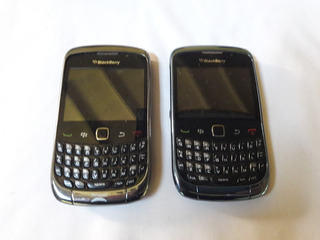Dos Celular Blackberry Curve 9300 Para Repuestos / Reparar
