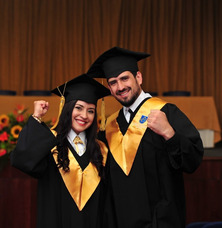 Alquiler De Togas Y Paquetes De Graduacion