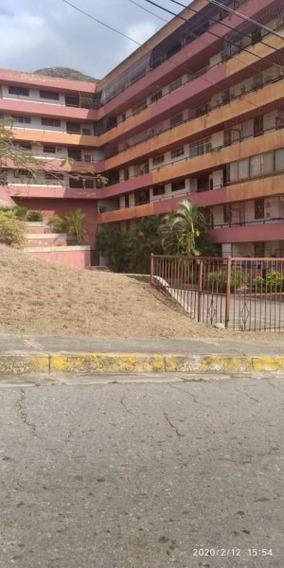 Yasmin Cabrera La Floresta Guacara Cod418097