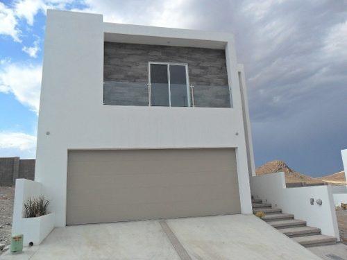 Casa Hermosa, Amplia, Equipada En Bonito Fraccionamiento.