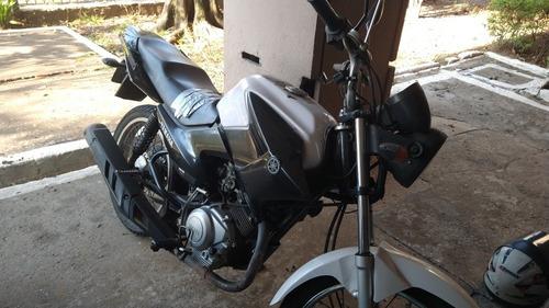 Imagem 1 de 2 de Yamaha K1