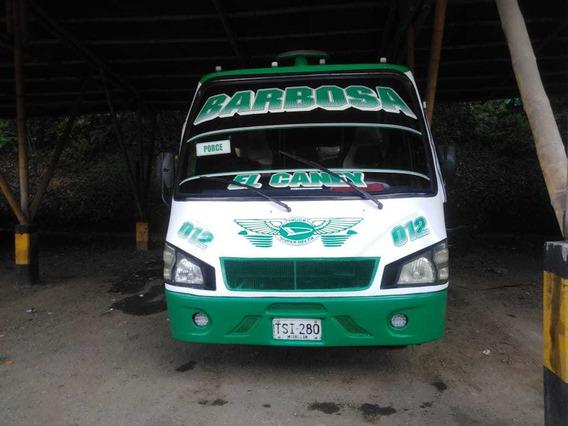 Se Vende Microbus Daihatsu Super Delta Modelo 2009