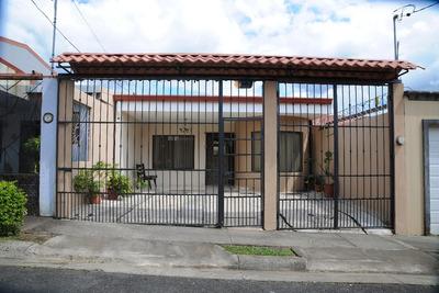 Casa En Condominio En Santa Bárbara De Heredia
