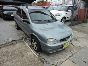 Chevrolet Corsa Sedan 1.0 Classic 4p Gasolina 70hp