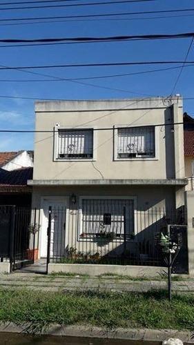 Venta -  2 Casas  - Multifamiliar - 4 Ambientes - 3 Ambientes - Castelar - Casa - Inversor