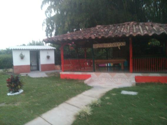 Se Arrienda Finca En La Via Pueblo Tapao
