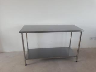 Mesa / Bancada 100% Inox 1,17x0,60