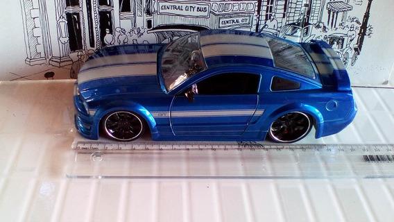 Miniatura Mustang Gt 2006 Jada 1/24
