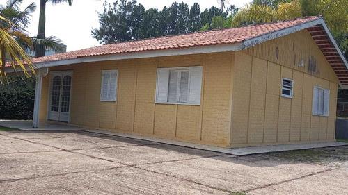 1.500 M², Condomínio Fechado, Casa Em Alvenaria E Piscina !