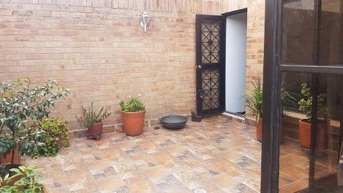 Apartamento En Venta Santa Barbara Oriental 741-802
