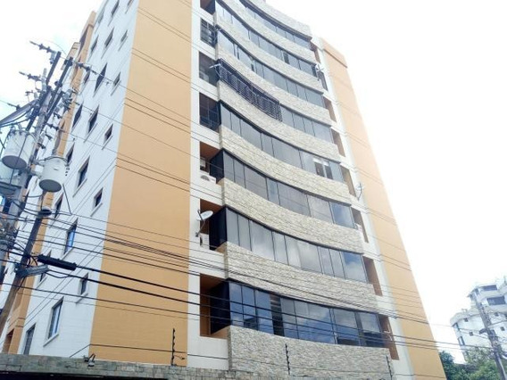 Apartamento En Venta Urbanizacion La Soledad Zp19-15080