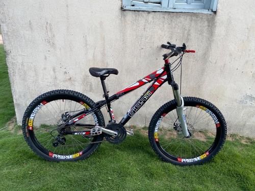 Imagem 1 de 12 de Bicicleta Aro 26