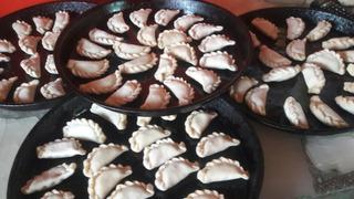 Empanadas Copetin Por Docena. Pollo/carne