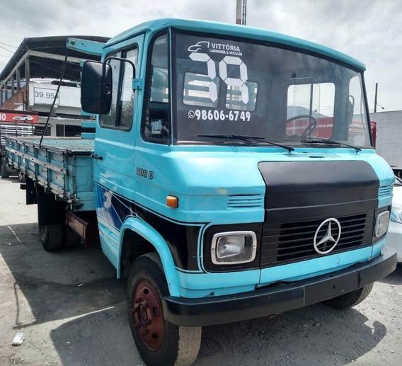 Caminhão Mercedes Benz Mb 608 - Carroceria