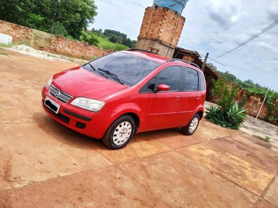 Fiat Idea 1.4 2007 Vermelho Ferrari 5 Portas