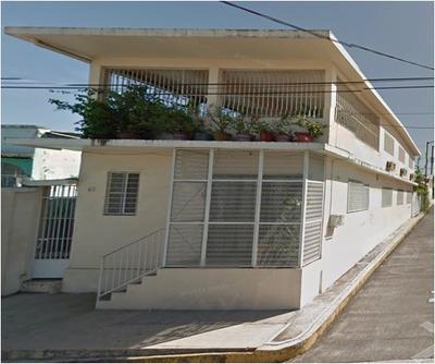Casa Muy Amplia, 4 Recámaras, 2 Baños, 1 Estudio, Terraza!!