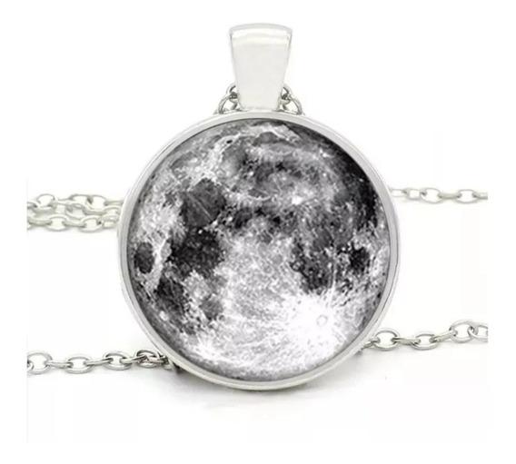 Colar Pingente Lua - Moon - Fluorescente - 2 Modelos