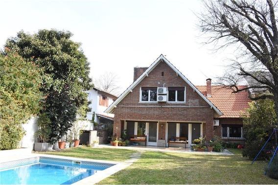 Casa 5 Amb. Con Jardín,piscina,quincho En Martinez
