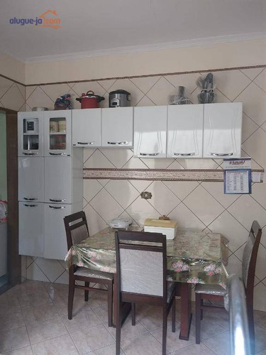 Ótima Localização. Casa 2 Dormitórios À Venda, 70 M² Por R$ 0 - Parque Santo Antônio - Jacareí/sp - Ca3346
