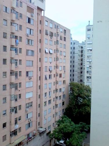 Apartamento De 3 Dormitórios - 4294
