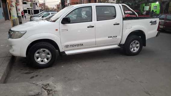 Camioneta Toyota Hilux 2012 Sr Full Impecable