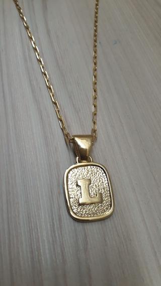 Cordão Modelo Cadeado De 70cm Folheado A Ouro Com Pingente