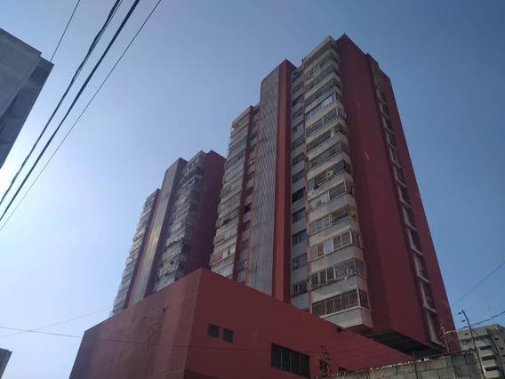 Local En Alquiler Barquisimeto Centro 20-12397 App 04121548350