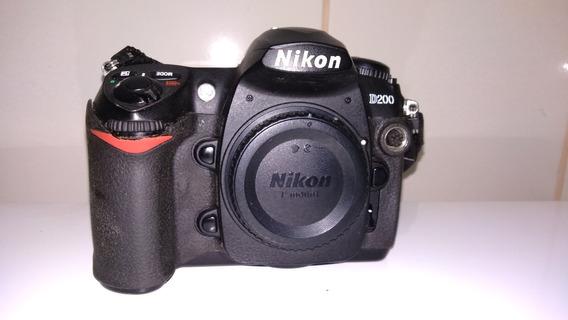 Nikon D200 + Bateria +carregador + Cartão Cf 2gb