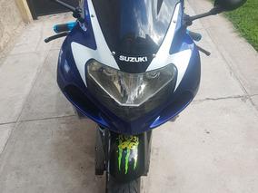 Se Vende Suzuki 2002, 1000cc