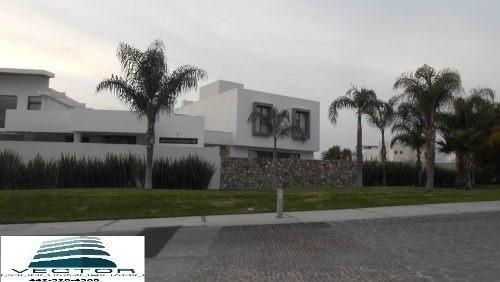 ¡¡ Exclusivos Departamentos De Lujo Ubicados En Cañadas Del Lago !!