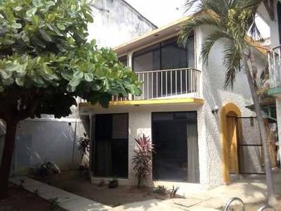Casa En Venta En Puerto Escondido, Oaxaca