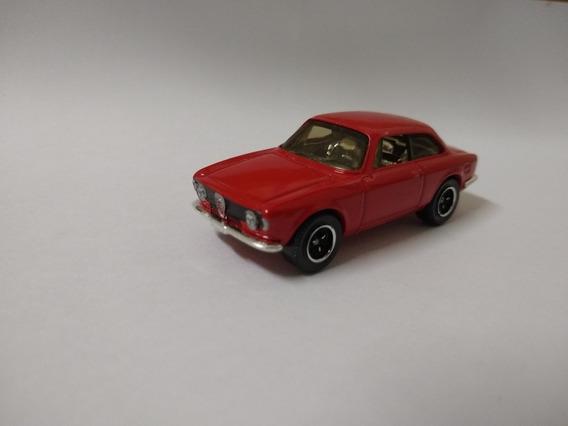 Matchbox Alfa Romeo Giulia Sprint Gta 1965 (loose)