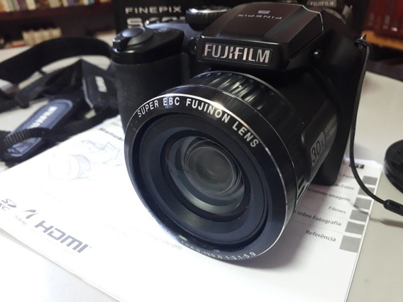 Câmera Digital Fujifilm Finepix S4800