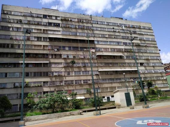Apartamentos En Venta En San Agustin Mls# 19-14299