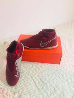 Chuteira Nike Phantom Vermelha
