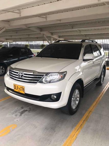 Toyota Fortuner Urbana Automática