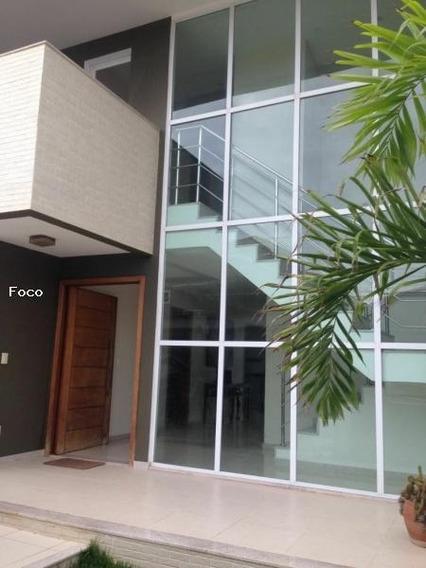 Casa Para Venda Em Vila Velha, Interlagos I, 4 Dormitórios, 2 Suítes, 4 Banheiros, 3 Vagas - 150_2-959222