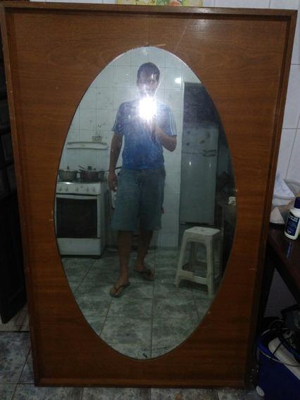 Espelho Grande Com Moldura De Madeira Antigo