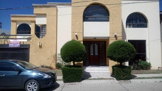 Casa En Venta En Los Prados, Guadalupe, Zacatecas