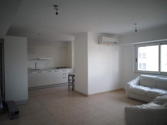 Apartamento En Venta En Centro De Maracay Mm 20-5166